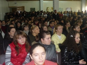 Vă îndemn ca prin voturile noastre să oferim un viitor european Republicii Moldova